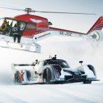 ジョン・オルソンがレーシングカーでスキー場に挑戦?