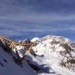 こんなバンジージャンプあり?「Tignes ski and snowboard bungee ride」