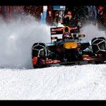 F1マシンがスキー場を爆走!